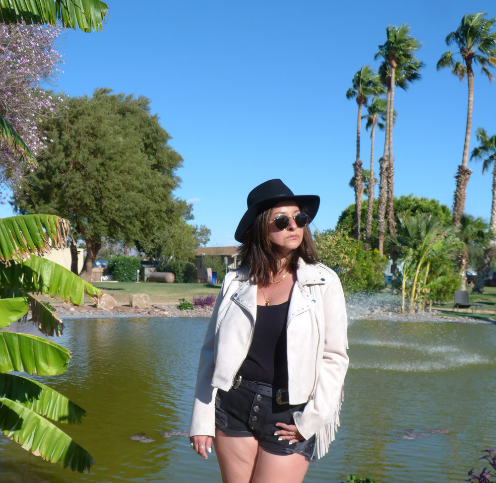 Coachella-Day1-The-Trendy-Style