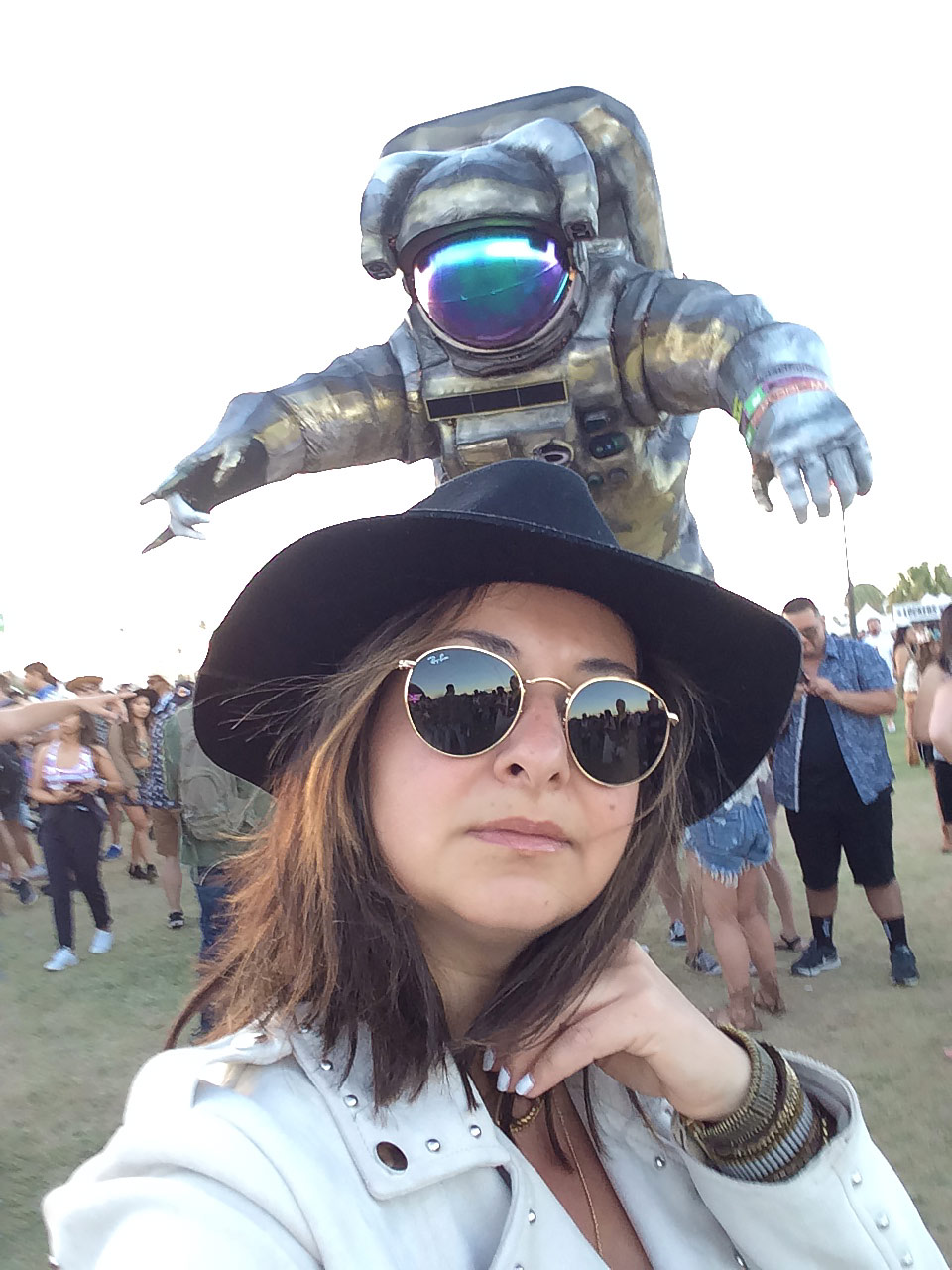 Coachella-The-Trendy-Style-Spaceman-2